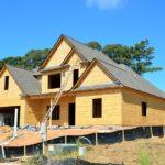 Ściśle z obowiązującymi nakazami świeżo wznoszone domy muszą być oszczędne.