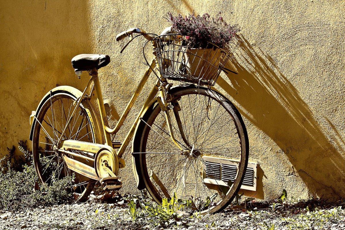 Każdy wielbiciel jazdy rowerowej z pewnością czeka, aż wszelkie śniegi i lody odejdą już w niepamięć.